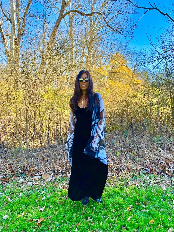 zara-black-velvet-dress
